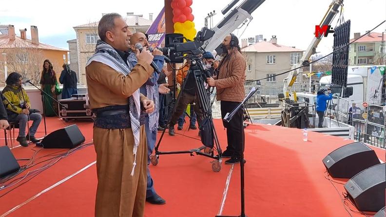 Τουρκία: Κούρδοι τραγουδιστές κατηγορούνται επειδή τραγουδούν στα κουρδικά