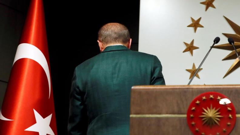 Ο Ερντογάν μάχεται για την πολιτική του επιβίωση