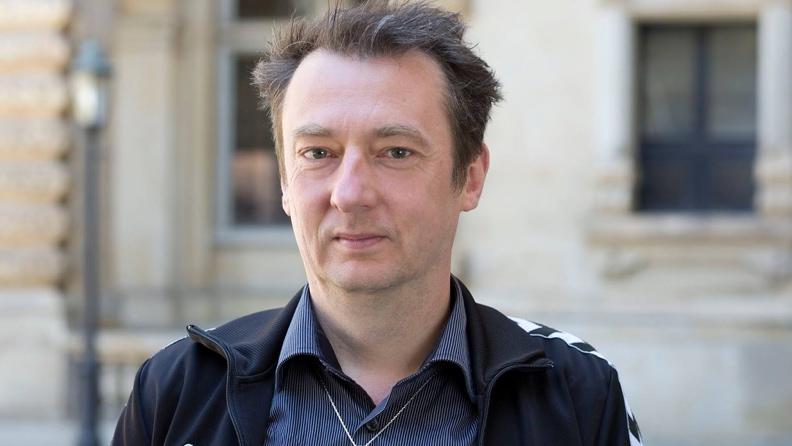 Πρώην γερμανός βουλευτής άσκησε μήνυση στην γερμανική αστυνομία διότι τον εμπόδισε να ταξιδέψει στην Ερμπίλ