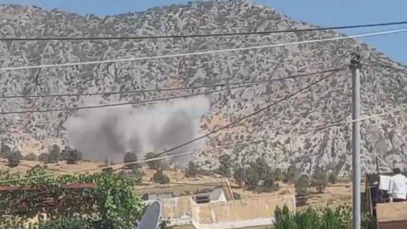 Τουρκικά αεροσκάφη βομβαρδίζουν κουρδικό χωριό με χημικά όπλα εν μέσω εκκλήσεων για έρευνες εγκλημάτων πολέμου