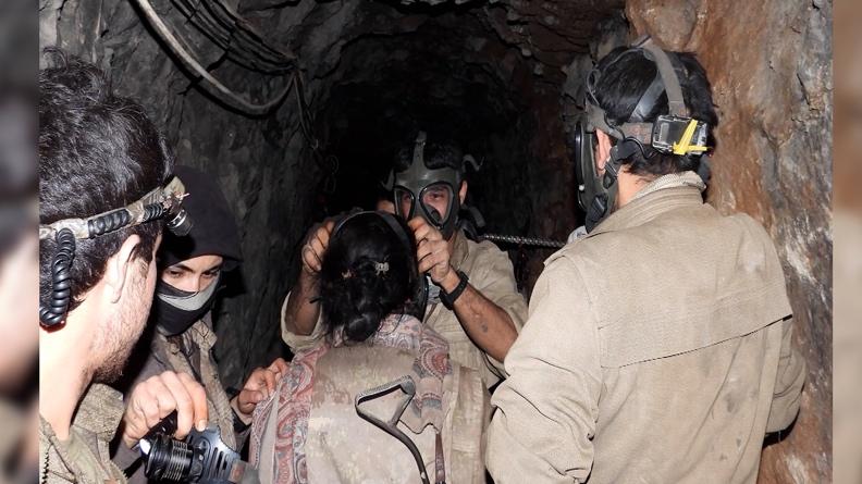 Εκστρατεία «μάσκας αερίου» για Κούρδους μαχητές: Το δίκτυο αντίστασης στην Ελβετία καλεί σε υποστήριξη